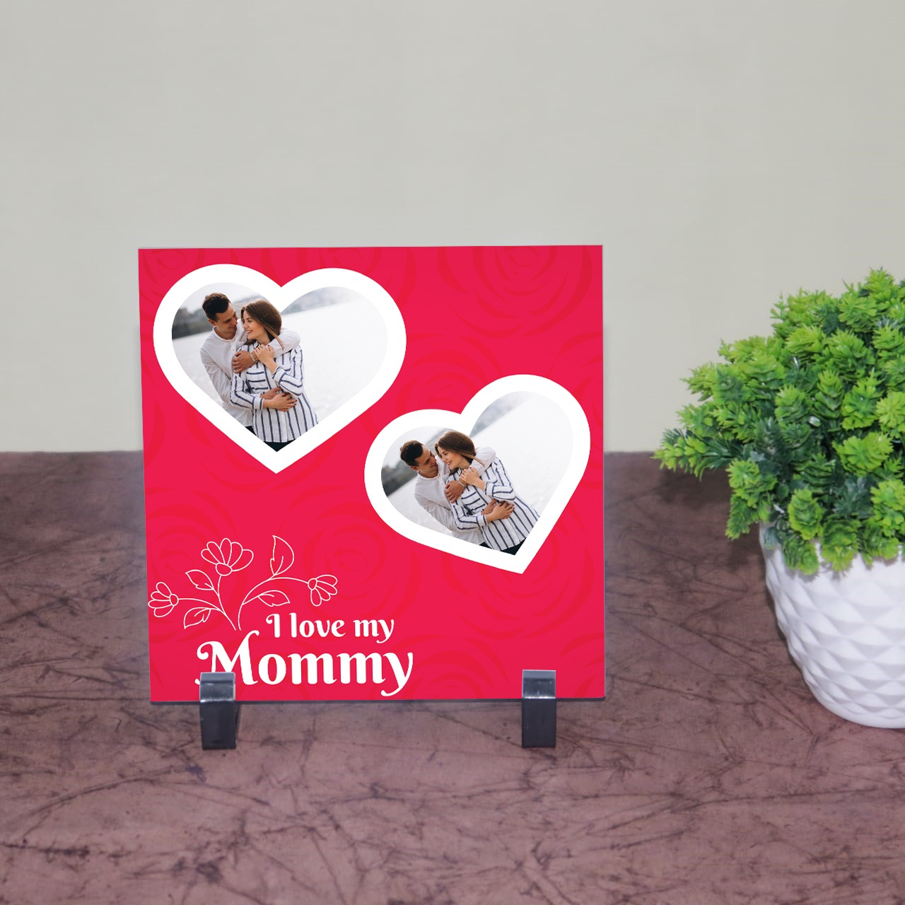Love Mom Personalized Tile With Stand